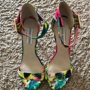 9e86bfed774 Steve Madden Shoes - Steve Madden Multi Color Marlenee Floral Heels